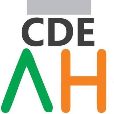 PREPOTENTE y AGRESIVO recaudador se instalo en ADUANA de CDE
