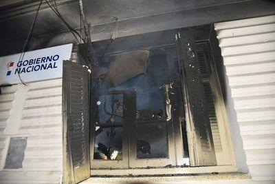 Se incendió oficina de guardia del Ministerio de Urbanismo