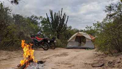 Exploran emblemáticos Hitos del Chaco paraguayo