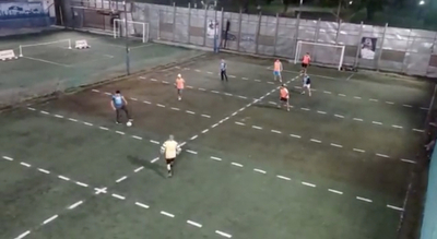 "Inventan nuevo deporte: ""futbolito"" humano"