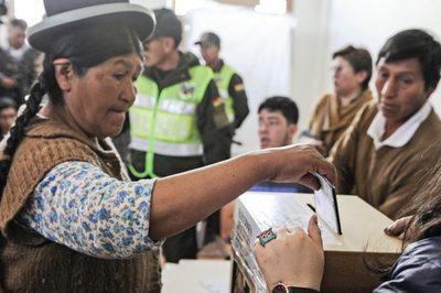 Bolivia convoca las elecciones pendientes para el 6 de setiembre