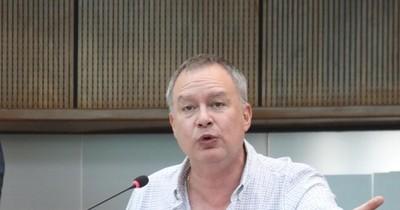 Senador Silva sostiene que el cálculo de su patrimonio es incorrecto