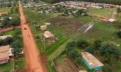 Mejoran calles de asentamiento Roque Sarubbi de Caazapá