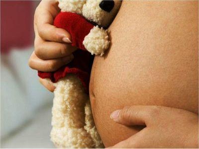 Una niña   abusada de 11 años dio a luz una beba por cesárea en Itauguá