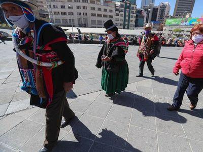 Covid-19: Bolivia amplía un mes más la cuarentena ante el aumento de casos