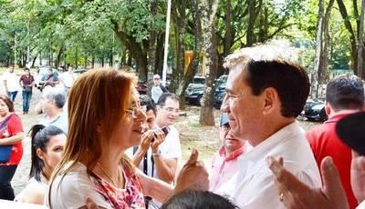 """Feroz PELEA por el BOTÍN llamado """"MUNICIPALIDAD de CIUDAD DEL ESTE"""""""