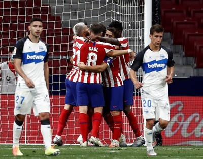 Atlético de Madrid triunfa y se acomoda en el podio