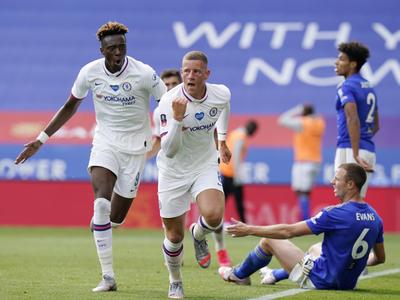 Chelsea supera a Leicester y es semifinalista de la FA Cup