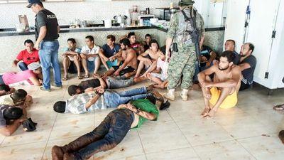 Detienen a SOLDADOS del PCC en la frontera