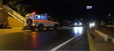 Automovilista huyó tras atropellar y matar a un motociclista