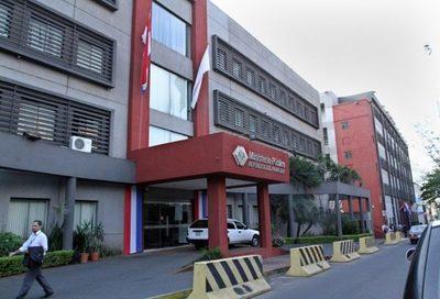 Críticas por la inacción del Ministerio Público ante publicaciones de DDJJ · Radio Monumental 1080 AM