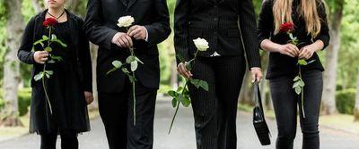Decir adiós: cómo afrontar la falta de rituales de despedida a los seres queridos