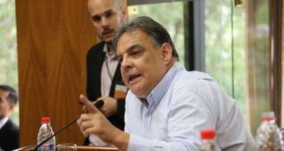Richer cuestiona tibia reacción de Abdo ante escandalosos hechos de corrupción en su entorno