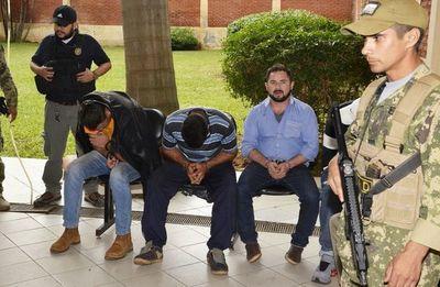Cámara rechaza recusación a policías acusados de apriete