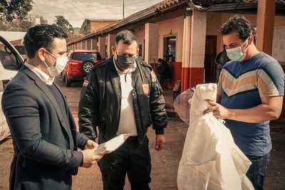 Shopping Paris entrega equipos de bioseguridad y 1.400 kits de aseo personal a la cárcel de CDE