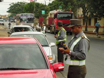 Vehículos con documentos vencidos en el 2020 pueden seguir circulando sin riesgo de multa