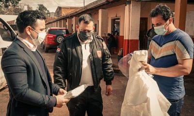 Shopping Paris hizo entrega de trajes de bioseguridad en la penitenciaría de CDE – Diario TNPRESS