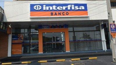 Interfisa realiza cambio en su directorio