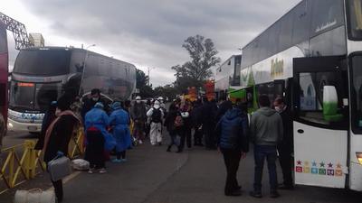 LLEGARON DE CHILE 164 COMPATRIOTAS Y YA ESTÁN EN CUARENTENA