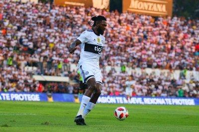 Fin de la novela: Emmanuel Adebayor, no regresará a Olimpia