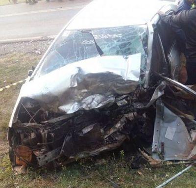 Un recién nacido, su papá y otro hombre fallecieron en un accidente de tránsito en Caaguazú