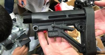 Decomisan piezas de armas de guerra