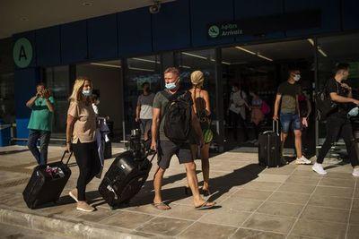 UE reabre sus fronteras a extranjeros mientras el virus se dispara en EEUU y América Latina