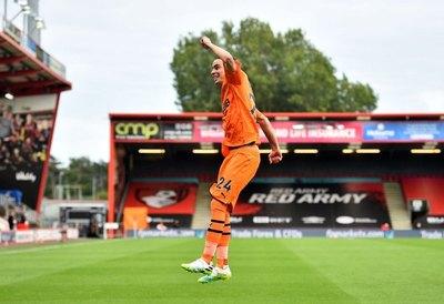 Golazo de Miguel Almirón en una brillante victoria del Newcastle