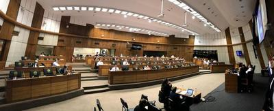 Senado aprueba extensión excepcional del mandato de autoridades municipales