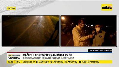 Cañicultores cierran ruta PY02 en Coronel Oviedo