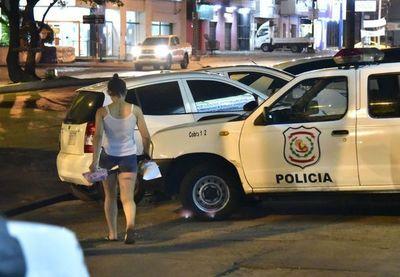 Conductora de Uber fue asaltada en el semáforo por un menor