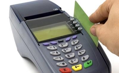 CDE: Clonan tarjetas al momento de hacer pagos