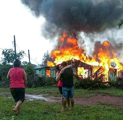 DOS MUERTOS en incendio de inquilinato en CIUDAD DEL ESTE