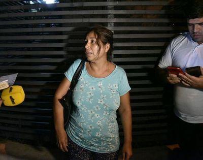 Madre e hijo en terapia por intentar abrir una bala de mortero que creyeron que contenía oro