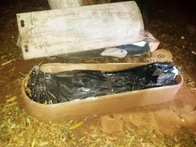 Hallan cadáver en un ataúd en carpintería de Luque • Luque Noticias