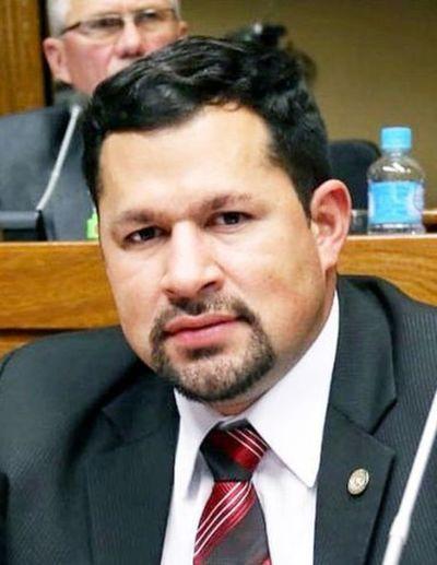 Ulises Quintana está habilitado para seguir como diputado hasta que exista una condena, según abogado