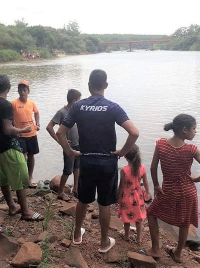 Dos menores de habrían ahogado en el río Monday
