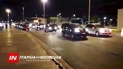 FRÍO NO IMPIDIÓ TERCERA CARAVANA CONTRA LA CORRUPCIÓN EN ENCARNACIÓN