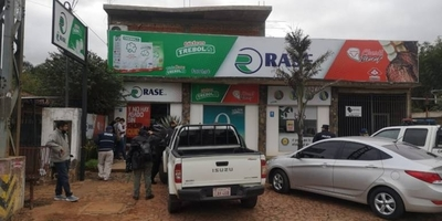 HOY / Violento asalto a local de lácteos deja dos empleados heridos en San Lorenzo