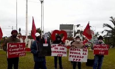 Realizan movilización contra el gobierno de Marito en Coronel Oviedo – Prensa 5