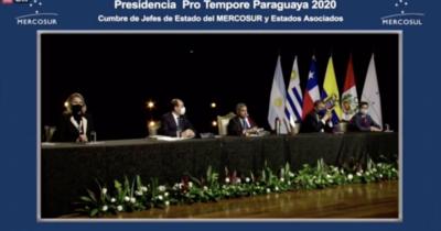Falla técnica desata enojo del presidente Abdo en Cumbre de Poderes del Mercosur