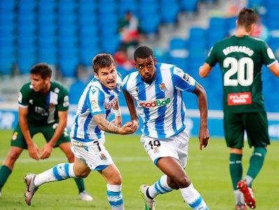 Real Sociedad remonta y prácticamente condena al Espanyol