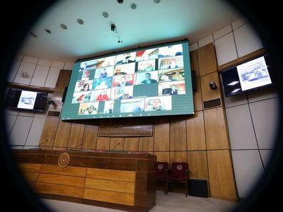 Califican de mentiroso, sin autocrítica y de ficción el informe de Mario Abdo