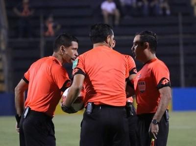 Estos son los árbitros para los primeros amistosos