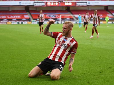 Sheffield complica las chances europeas del Tottenham