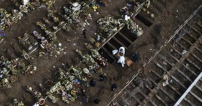 Cadáveres se acumulan en casas por falta de espacio en cementerios de ciudad boliviana