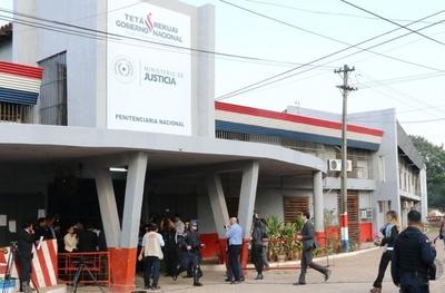 Fiscalía imputa a ex director de Tacumbú por cohecho pasivo agravado y asociación