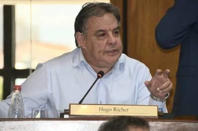 Richer: Por corrupción y poca ejecución de los fondos de emergencia, en el Senado ya no avalarán préstamos
