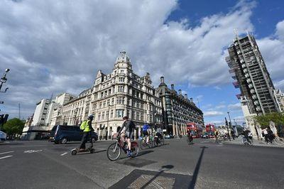 El Reino Unido comienza a levantar las medidas de cuarentena