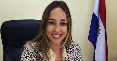 Fiscala Natalia Fúster investiga a jueza por violar ley de seguridad fronteriza